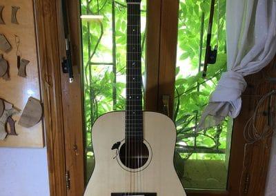 Luthier guitarra acústica dreadnought Ginkgo Biloba Pierre Guénégo9